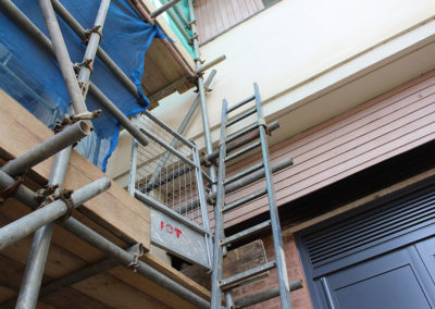 Image of University of Kent commercial scaffolding safety ladder gate