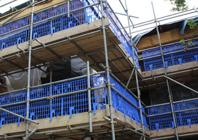 Image of University of Kent commercial scaffolding project front corner