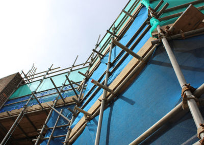 Image of University of Kent commercial scaffolding project close up vertical